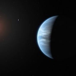 Astronomers Discover Water in Potentially Habitable Exoplanet